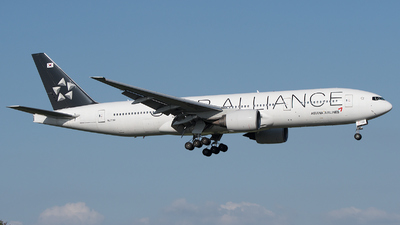 HL7732 - Boeing 777-28E(ER) - Asiana Airlines