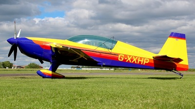 G-XXHP - Extra EA 300L - Private