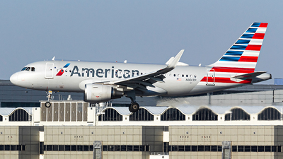A picture of N9017P - Airbus A319115 - American Airlines - © N.Yuya