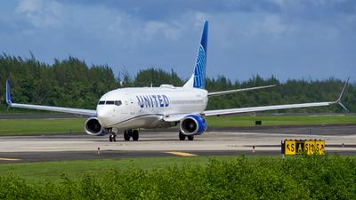 N12218 - Boeing 737-824 - United Airlines