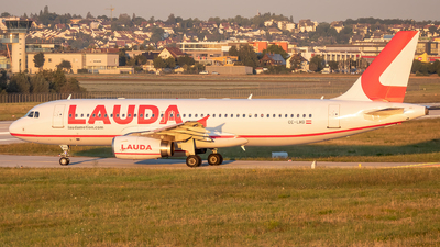 OE-LMB - Airbus A320-232 - LaudaMotion