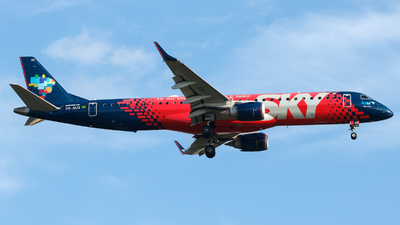 A picture of PRAUQ - Embraer E195AR - Azul Linhas Aereas - © Antonio Carlos Carvalho Jr.