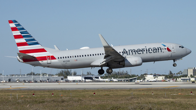 A picture of N815NN - Boeing 737823 - American Airlines - © Juan Camilo Rojas