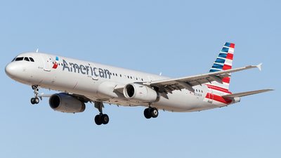 N554UW - Airbus A321-231 - American Airlines
