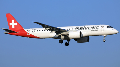 HB-AZA - Embraer 190-300STD - Helvetic Airways