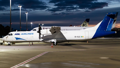 EI-SLS - ATR 72-201(F) - ASL Airlines