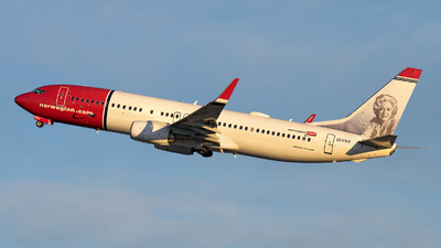 EI-FHY - Boeing 737-8JP - Norwegian