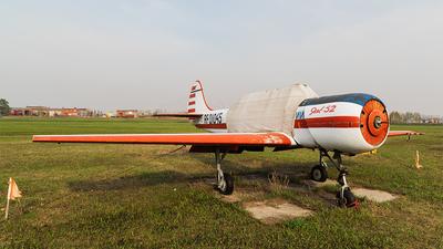 RF-01045 - Yakovlev Yak-52 - DOSAAF