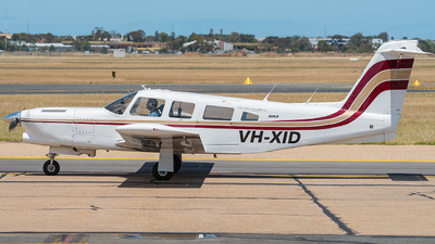 A picture of VHXID - Piper PA32RT300T - [32R7887038] - © Mitch Coad