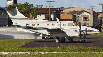 PP-ACM - Embraer EMB-121A1 Xingú II - Abaeté Táxi Aéreo