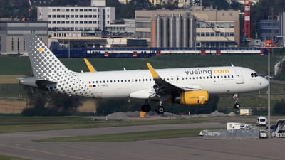 A picture of ECMFL - Airbus A320232 - Vueling - © Christoph Plank