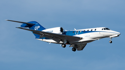 N902UP - Cessna 750 Citation X - Wheels Up