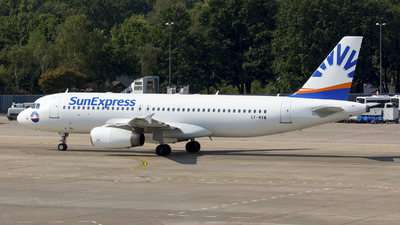 LY-NVW - Airbus A320-232 - SunExpress (Avion Express)