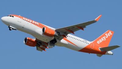 OE-IZN - Airbus A320-214 - easyJet Europe