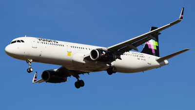 A picture of XAVRC - Airbus A321231 - Volaris - © Alejandro Aceves