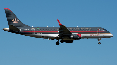 A picture of JYEMC - Embraer E175LR - Royal Jordanian - © sas1965