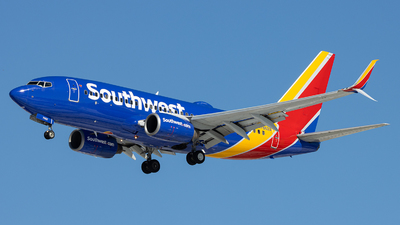 A picture of N7862A - Boeing 73779P - Southwest Airlines - © Sean Brink