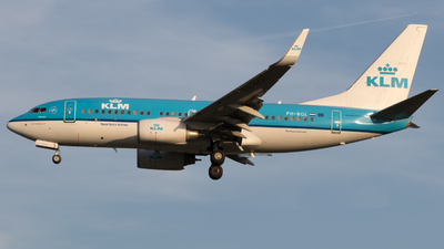 PH-BGL - Boeing 737-7K2 - KLM Royal Dutch Airlines
