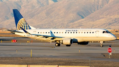 A picture of N108SY - Embraer E175LR - United Airlines - © Michael Rodeback