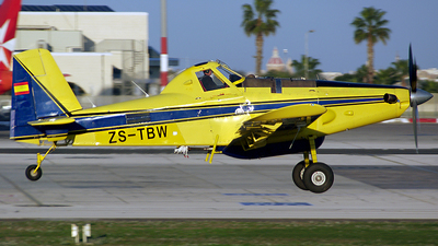ZS-TBW - Air Tractor AT-802A - Private