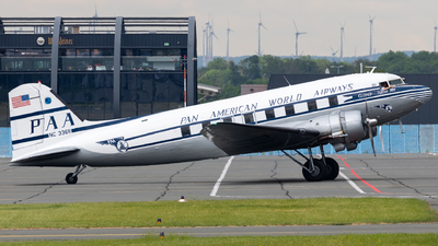 N33611 - Douglas DC-3C - Private