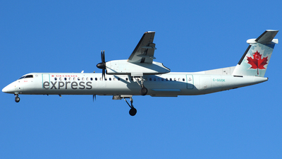 A picture of CGGOK - De Havilland Canada Dash 8400 - Air Canada - © Jason Whitebird