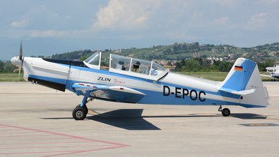 D-EPOC - Zlin 526F - Private