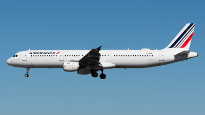 A picture of FGTAJ - Airbus A321212 - Air France - © Rui Cardoso