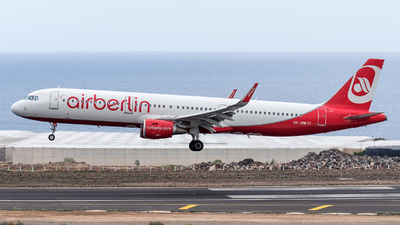 HB-JOW - Airbus A321-211 - Air Berlin (Belair Airlines)