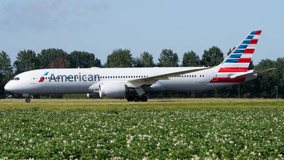 N828AA - Boeing 787-9 Dreamliner - American Airlines