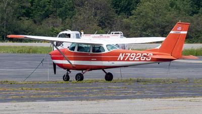A picture of N79263 - Cessna 172K Skyhawk - [17258009] - © Azillion 737