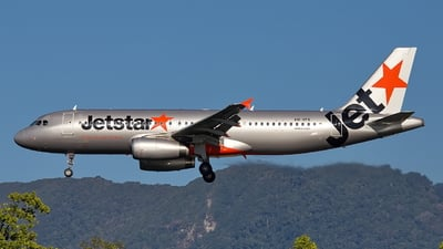 A picture of VHVFK - Airbus A320232 - Jetstar Airways - © Dave Parer