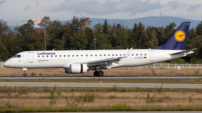 A picture of DAECF - Embraer E190LR - Lufthansa - © Julian S.