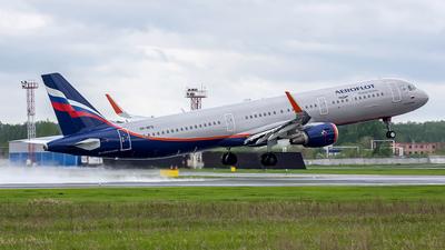VP-BFQ - Airbus A321-211 - Aeroflot