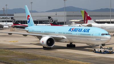 HL8274 - Boeing 777-3B5ER - Korean Air