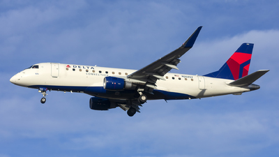 A picture of N268SY - Embraer E175LR - Delta Air Lines - © Michael Rodeback