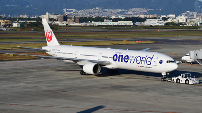 JA752J - Boeing 777-346 - Japan Airlines (JAL)