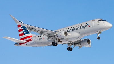 A picture of N283NN - Embraer E175LR - American Airlines - © Hamza Hasnat