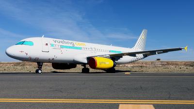 A picture of ECMVN - Airbus A320232 - Vueling - © Javier Rodriguez - Amics de Son Sant Joan