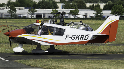 A picture of FGKRD - Robin DR400/120 - [1992] - © Olivier Landes