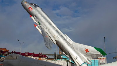 43 - Sukhoi Su-17M-4 Fitter K - Soviet Union - Air Force