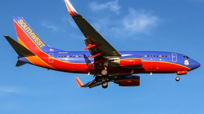 N906WN - Boeing 737-7H4 - Southwest Airlines