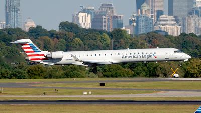 A picture of N614NN - Mitsubishi CRJ900LR - American Airlines - © Yan777