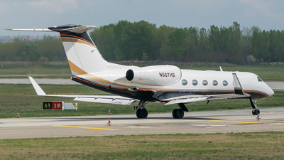 N667HS - Gulfstream G450 - Private