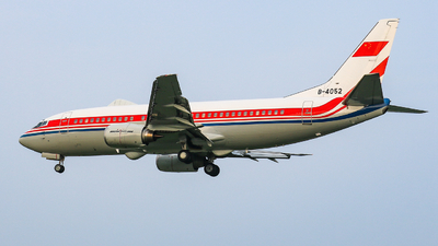 B-4052 - Boeing 737-3Q8 - China - Air Force