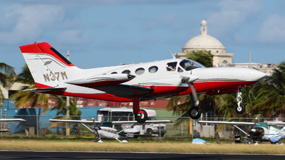 N37M - Cessna 421B Golden Eagle - Private
