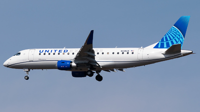 A picture of N618UX - Embraer E175LL - United Airlines - © Evan Dougherty