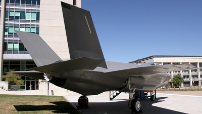 - Lockheed Martin F-35A Lightning II - Australia - Royal Australian Air Force (RAAF)
