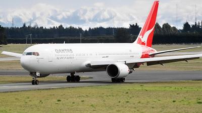 VH-OGF - Boeing 767-338(ER) - Qantas
