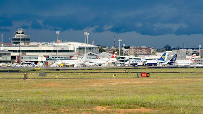 LEVC - Airport - Ramp
